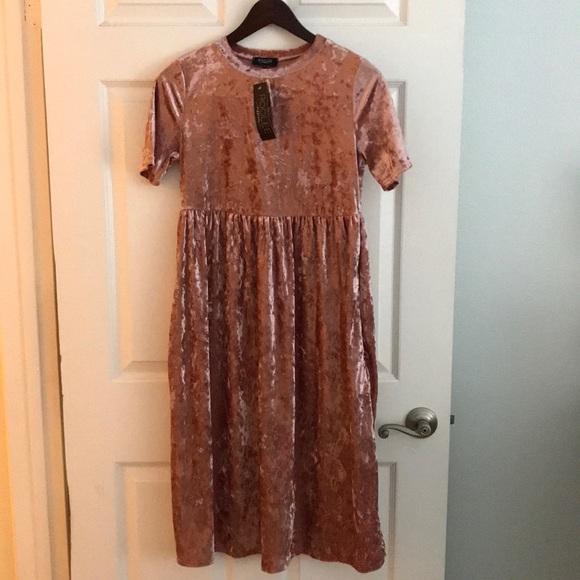 4d7c86645a365 Roolee Dresses | Halsey Velvet Mom Nursing Dress | Poshmark